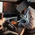 開放辦公室令人分心!Panasonic 推出上班族餘光遮罩